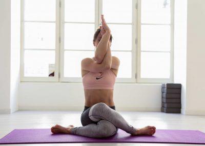 Alexandra Siano-Professeur de pilates de yoga à Jonzac-Saintes-coach sportif à jonzac-saintes- royan-bordeaux