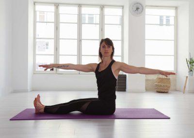 Alexandra-Siano-Professeur-yoga-pilates-jonzac-bordeaux-royan-4