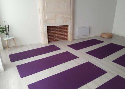studio-pilates-jonzac-royan-yoga-jonzac-royan-bordeaux-salle-pratique-tapis