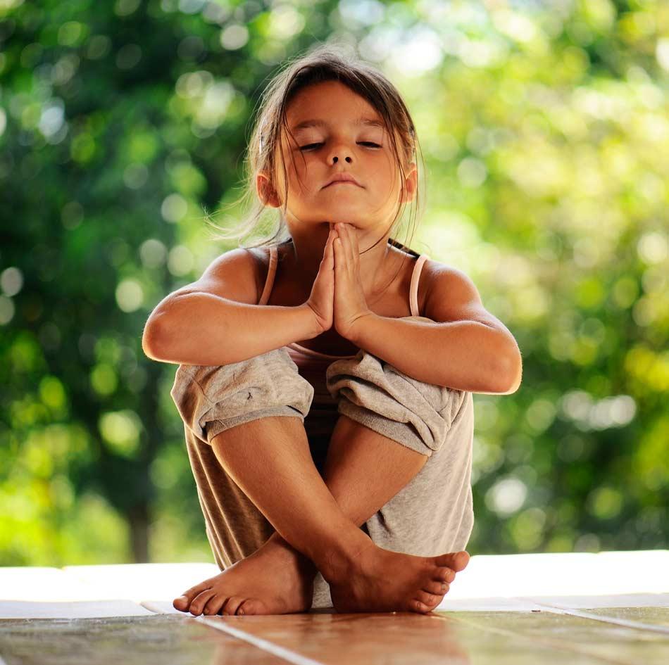 Cours de yoga pour enfant et adolescent et cours de pilates pour enfants et ados à Jonzac