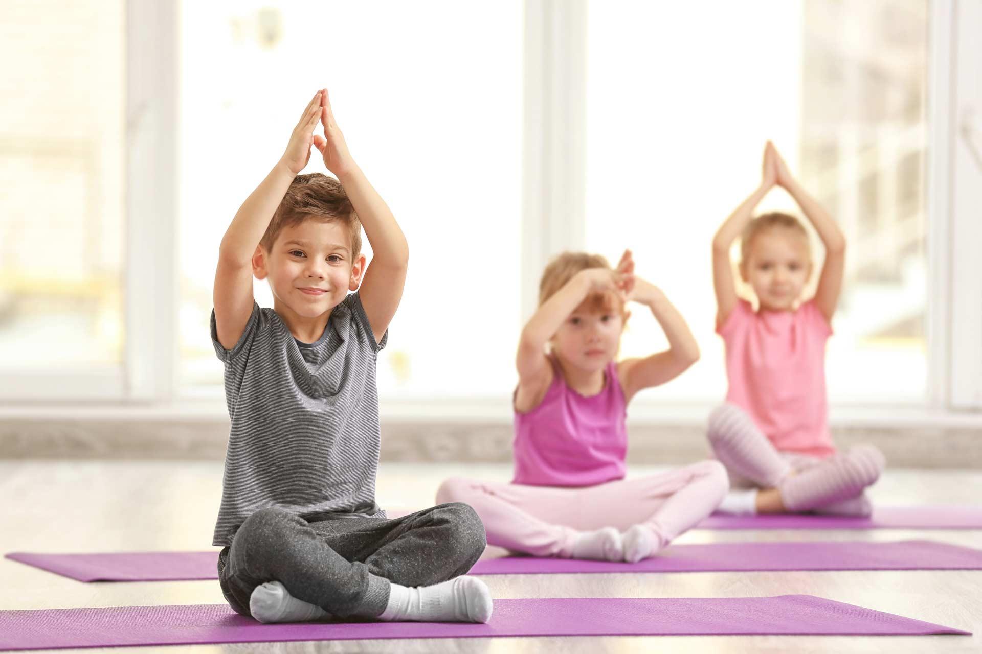 La méthode fit kids créée par Alexandra Siano : formation yoga et pilates adapté aux enfants